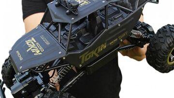 1/12 4WD Rock Crawler Double Motors Monster Truck Off-Road Vehicle Toy