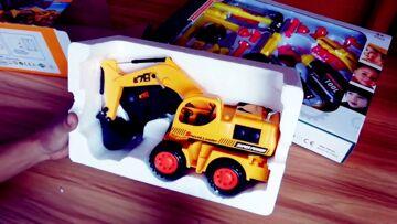 Excavator repair in my workshop.RC Toy Excavator.Toys Review video for kids.