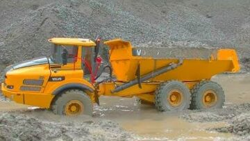 RC BEST OF! BEST OF VOLVO A45G! RC VOLVO DUMP TRUCK IN THE MUD AND WATER! FANASTIC RC MODEL
