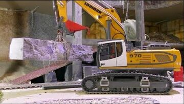 HEAVY LIEBHERR 970 RC DIGGER IN ACTION! STRONG EXCAVATOR 970!  Ural 4320 HEAVY STONE BLOCK TRANSPORT