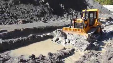 HEAVY MACHINES !!! RC CONSTRUCTION OUTDOOR! BIG RC DOZER D9