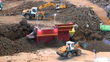 HEAVY CONSTRUCTION SITE, AWESOME RC MACHINES WORKING, CHANTIER RC !