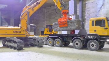AWESOME RC TRANSPORT | A 45t BLOCK FROM THE MINE  | RC 8×8 M.A.N! RC LIVE ACTION FÜR KINDER!