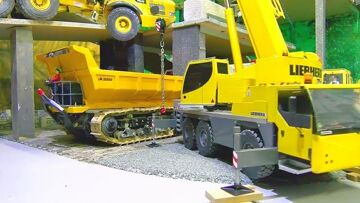 RC Volvo A45G in Danger! Liebherr LTM 1055 Rescue Action! Amazing RC