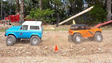 """MAGNET and ROPE CHALLENGE """"Follow Buddy"""" – Drive 2 Trail Trucks at the Same Time 