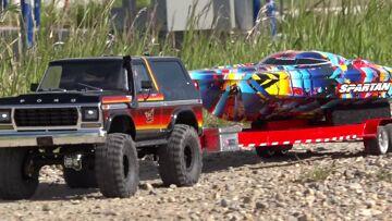 "Speed Boat LAUNCH & RIP – Traxxas TRX4 & ""Rock n Roll"" Spartan | RC ADVENTURES"