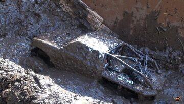 PRZYGODY RC – Creamy Mud Recoveries – Beast 4×4 & HD OverKill: the JUGGERNAUT 6×6