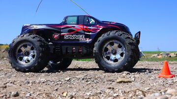 RC ADVENTURES – 6s Lipo HPi Savage Flux HP Monster Truck / New Track Testing!