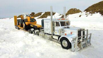 RC ADVENTURES – Chrome King Hauler & Liebherr Loader on Triple Axle Trailer with Dump Truck