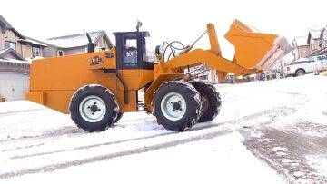 RC ADVENTURES – 500lb RC Wheel Loader clearing Snow- First Practice
