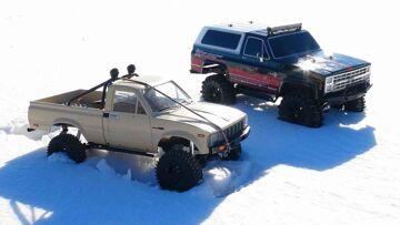 RC ADVENTURES – Trail Finder 2 Toyota Hilux 4×4 & Vaterra Ascender Chevy K5 Blazer Trucks