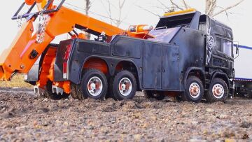 RC ADVENTURES – SCANiA R560 Wrecker 8×8 towing a KiNG HAULER Semi-trailer Truck