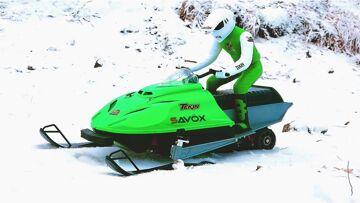 RC ADVENTURES – Brushless Snowmobile Test – Art Attack Kit, Tekin ESC & T8 Motor, 3s Lipo