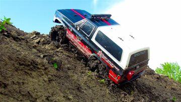 RC AVONTUREN – 1986 CHEVY K5 BLAZER – MUD POOL – Vaterra Ascender 4×4 Trail Truck