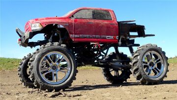 "RC ПРИКЛЮЧЕНИЯ – Traxxas E-Maxx Skinny ""Трактор"" Tire – SCX10 Mega Mud Truck 4×4 Обзор"