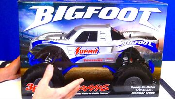 RC ADVENTURES – UNBOXiNG a TRAXXAS 1/10th BiGFOOT & UPGRADiNGS! PT 1