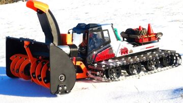 RC ADVENTURES – 3D Printed SnowBlower Working hard, Snow Cat cooks a Motor w/ smoke show!
