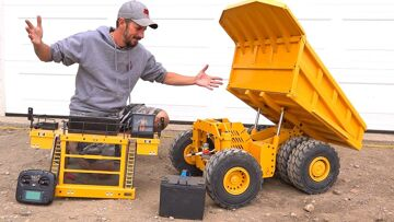 How does this Huge Dump Truck WORK?! 797F Metal Haul/Mining Truck RC4WD   RC ΠΕΡΙΠΈΤΕΙΕς