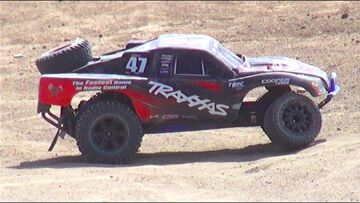 PRZYGODY RC – LAST MAN STANDiNG, Demolition Derby! Pt 2 – Open Class 2WD 1/10th Scale Electric