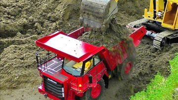 AMAZING RC CONSTRUCTION SITE WITH FANTASTIC SCALE 1:16 MODEL MACHINES IN MOTION