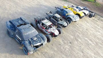 RC 冒险 – Lucky Number 7 Large Scale 4×4 Trucks Bash & 比赛