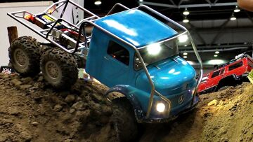 6X6 OFFROAD JEEP RC INDOOR ACTION / Modell-Hobby-Spiel Fair Leipzig Germany 2016