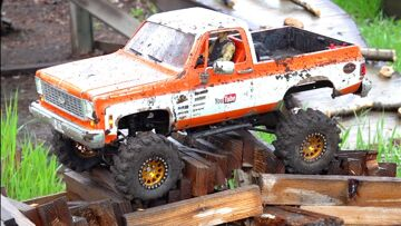 RC ADVENTURES – WET 1970's BOW TiE SQUARE-BODY FLEXES on the MUDDY COURSE with SCULPTED LUG TiRES