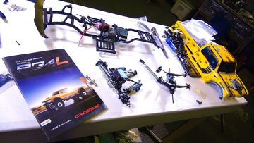 RC ADVENTURES – PROJECT: BUMBLEBEE-ST PT 2: Suspension & Frustration – Classic RC Build Moments