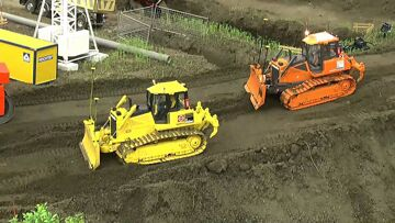 CONSTRUCKTION WORLD –  INCROYABLE MACHINES RC TRAVAILLANT DUR – machines rc cool !