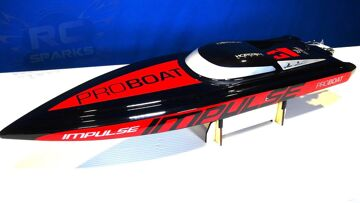 RC ADVENTURES – Unboxing the iMPULSE 31 Deep-V BL RTR V2 Radio Control Speed Boat