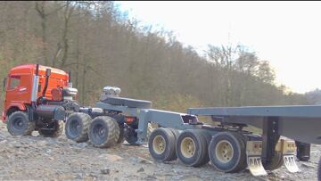 BC8 MAMMOTH IS A VERY STRONG RC TRUCK 8X8 TRUCK! RUSSIAN MAZ 537 RC IN ACTION