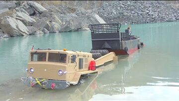 FANTASTIC OLD TANK RESCUE! COOL RC VEHICLES SAVE A OLD TANK! Maz 537 DEEP IN WATER! BEST RC EVER