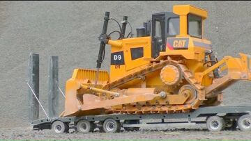 HEAVY RC EQUIPMENT WORK SO REAL! BIGGEST RC CONSTRUCTION SITE! D9 BULLDOZER