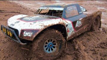 RC ADVENTURES – HUGE, MUDDY 4X4 OFF ROAD GAS TRUCK – LOSI 5ive T, 2nd Tank