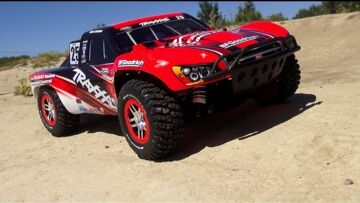RC ADVENTURES – TRAXXAS Slash 4×4 ULTiMATE in MUD, DiRT, and JUMPiNG!  MUSiC ViDEO