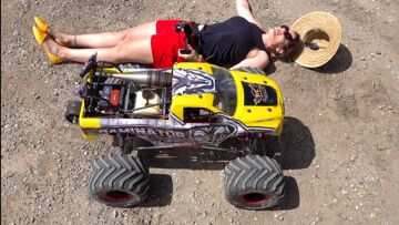 """RCMAX 80cc SUPREME GAS ENGINE – RiPPiNG in a HUGE 80lb RAMINATOR """"TOY"""" MONSTER TRUCK 