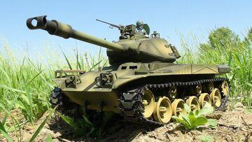 RC ADVENTURES – US M41 Walker Bulldog Airsoft Radio Controlled Battle Tank (Taigen)