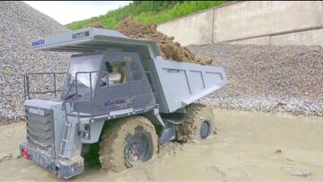 KOMATSU HD 405 4×4! SPECIAL HD TRUCK FOR HEAVY TERRAIN! RC IN MUD ! RC IN WATER! RC WORK SO REAL!
