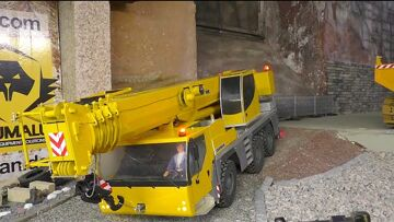 CONSTRUCTION ZONE, RC LIEBHERR LTM 1055 premier lecteur!