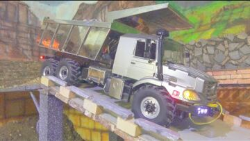 HEAVY RC OVERLAND TIPPER IN ACTION! 6X6 MERCEDES ZETROS WITH SPECIAL TIRES! BEST RC TRUCK 2020