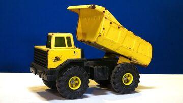 PRZYGODY RC – Radio Controlled Tonka Dump Truck