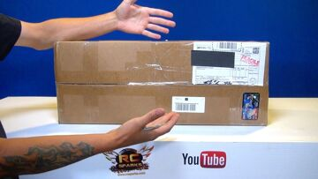 RC ADVENTURES – PiTDawg Hydro – Unboxing Radio Control Vehicle Bodies