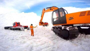 RC AVONTUREN – Rescue Mission – graafmachine, Blizzard, BEEST 4×4 Truck