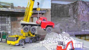 R/C ACCIDENT RCTRUCK RESCUE RC TRUCK CRANE LIEBHER LTM 1055W model scale art liebherr volvo s