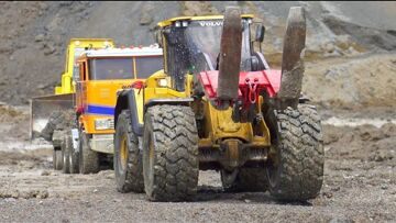 BIGGEST RC CONSTRUCTION SITE! HEAVY VOLVO LOADER! BIG DIGGER ACCIDENT! RC IN MUD! STRONG HC6 6X6