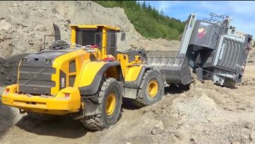 HEAVY WORK AT THE BIGGEST RC CONSTRUCTION SITE! VOLVO  EQUIPMENT! NEW RC CARS  2020! TIPPER CRASH