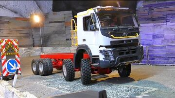 New RC Trucks and Machines 2018! Fantastic RC Volvo Truck 8×8! Liebherr Crane 1050