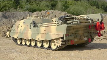 COOL RC PANZER ACTION! GERMAN BÜFFEL AND TIGER 1! HEAVY LEOPARD 2A6