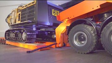Volvo FMX 8×8 WITH 5 AXLE DEEP LODER! 100t LOWBOY FIRST FUNCTION TEST