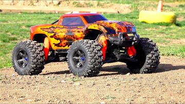RC ADVENTURES – Unboxing a Double Flame Traxxas X-MAXX – Pitdawg Hydro Dip!